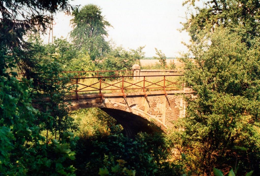 Biala-Billstein-wiadukt2-nad-kolejka-07-08-1997